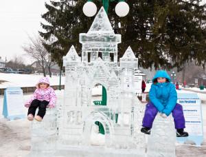 Ice-Fest-2010-castle1-300x228